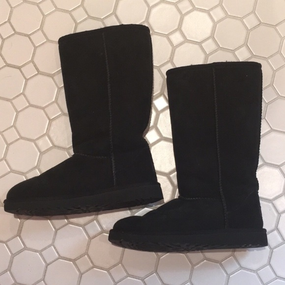 UGG Shoes   Black Boots Girls Size 3
